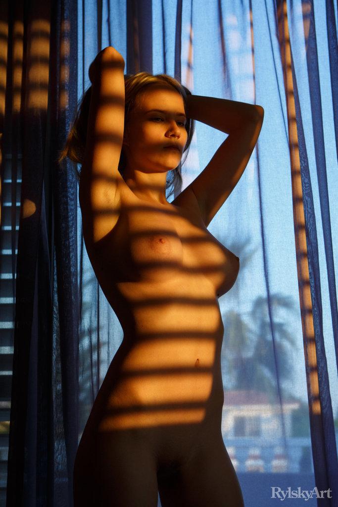 cdn brdmedia galleries 5 f b 3 2 5fb3230621d85 domashka featuring delizi by rylsky 11