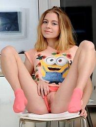 Chloe in Enjoyable by Shokoladov