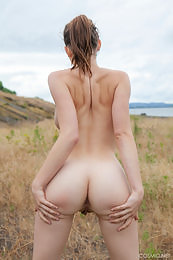 Eva Green yoga time