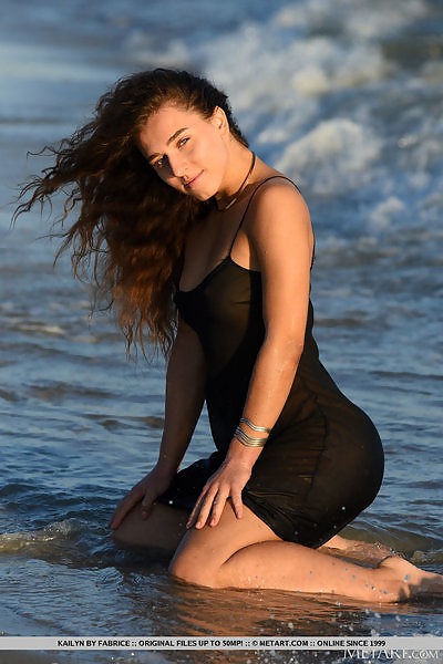 Kailyn in High Tide by Fabrice