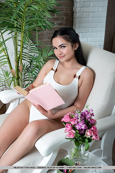 Mileva in Presenting Mileva by Tora Ness